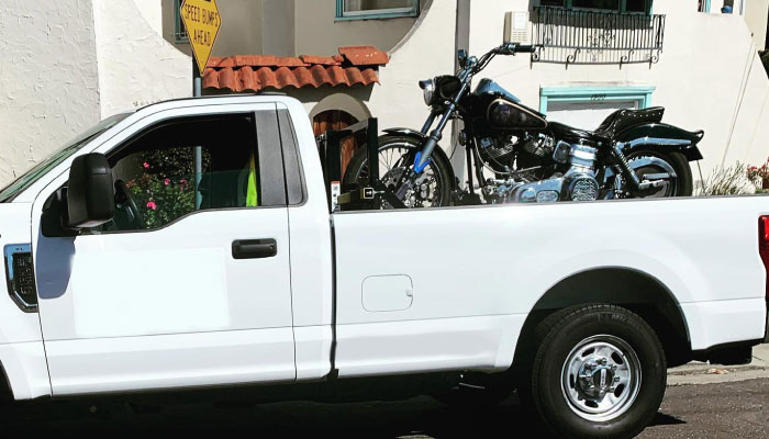 Expert Assistance with Car or Motorcycle Towing Service