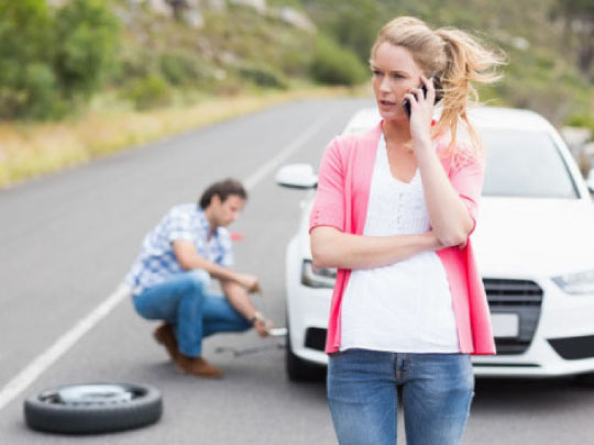 Roadside Assistance for Flat Tire in Alamo Heights TX