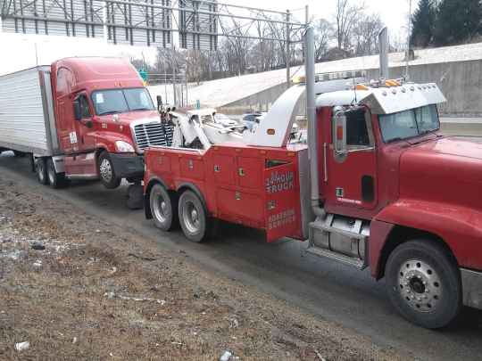Tow Truck for 18 Wheeler