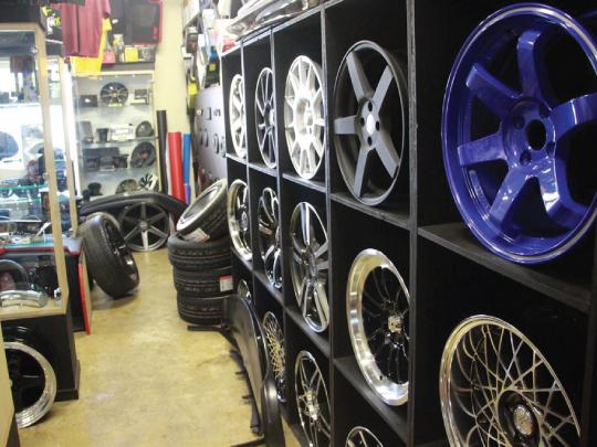 Car Wheel Paint Shop in East Orange