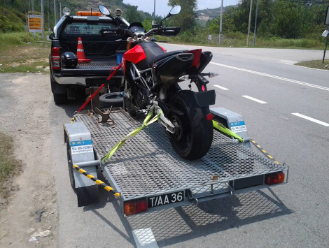 Top Motorcycle Towing Company in Milwaukie
