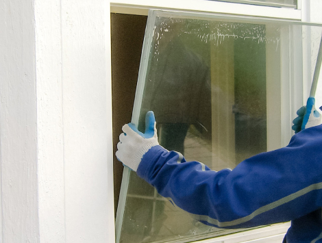 House Window Glass Replacement in Palm Beach, FL
