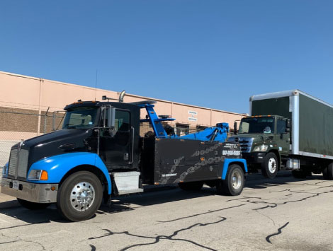 Commercial Towing Service in Austell, GA