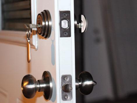 House Locksmith Services in Miami, FL